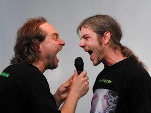 alienvoices, des voix de gorge par l'entremise de kolja simon et de felix mönnich, ils sont en duo depuis 2006