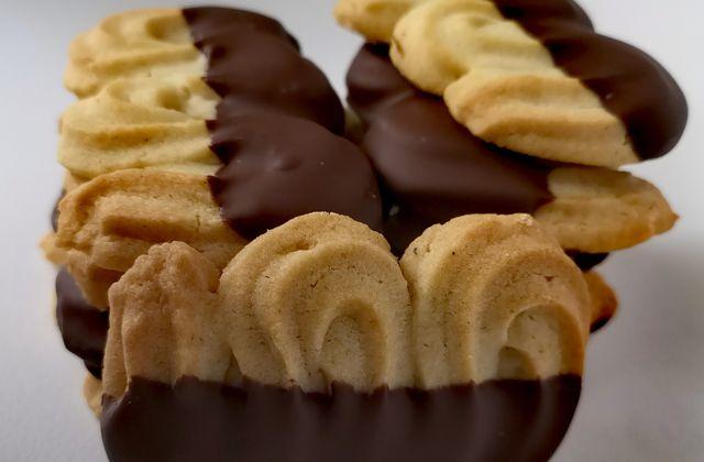 Sablés viennois ou Spritz au chocolat