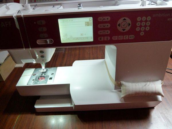 Coussin à épingles pour la machine à coudre