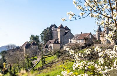 Curemonte en Corrèze, un des plus beaux villages de France