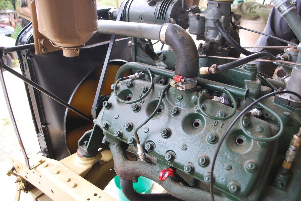 intérieur des portes, cablage et compteurs, essais sur moteur, pression huile