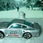 PORSCHE 959 1986 HOT WHEELS 1/64 AVEC TREASURE HUNT - car-collector.net