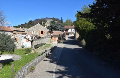 Lagarde-Paréol Le Village (Vaucluse 84290)