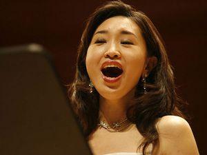 yeree suh, une soprano coréenne remarquable interprète de partitions contemporaines