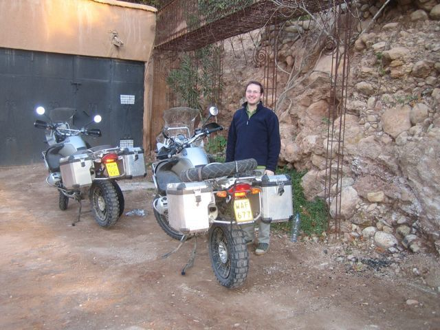 Premier voyage au Maroc pour Steph et Fred en GS1200 Adventure.