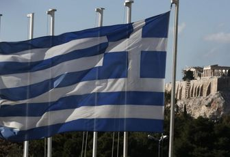 """"""" Risarciteci per i crimini nazisti"""". Un rapporto governativo sostiene che la Germania deve alla Grecia ben 11 miliardi di euro"""