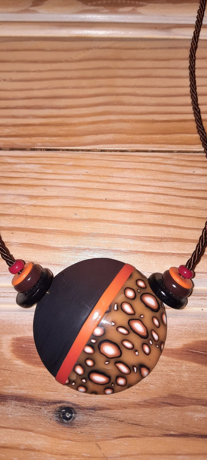 "Collier ""émulsion orange"""