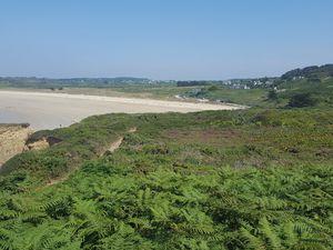 Crozon 29, août 2020. Promenade sur le chemin côtier de la plage de Goulien vers la pointe de Dinan.