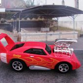 69 DODGE CHARGER DAYTONA TOONED HOT WHEELS 1/64 - car-collector.net