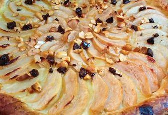 TARTE AUX POIRES CHOCOLAT & CACAHUÈTES