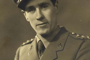 Captain Jerry Roberts: Bletchley Park codebreaker who helped crack the Tunny code Hitler used to communicate with generals