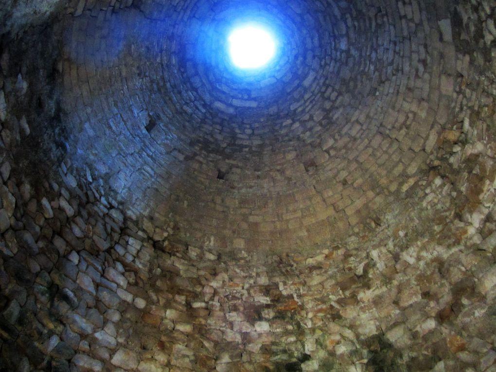 Marthon et sa tour en ruine (Charente)