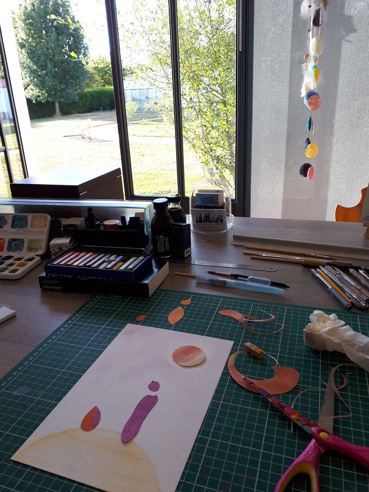 """Les Collages d'eMmA MessanA, collage N°478 """"Larme d'or"""", """"dans son jus"""", à l'atelier. © eMmA MessanA"""