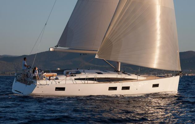 New extended international warranty for Jeanneau and Prestige