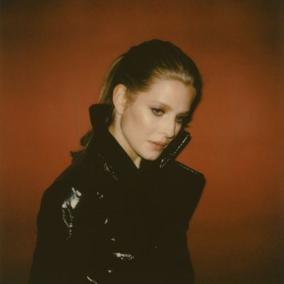 SYNTH POP NEWCOMER I AM BOLEYN ANNOUNCES NEW TRACK 'TOO MUCH' + LIVE SHOW AT THE PEPPERMINT CLUB IN LA