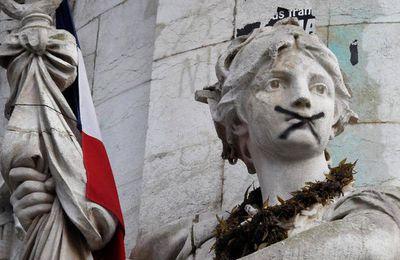 « A-t-on encore le droit d'exercer son esprit critique en France? »