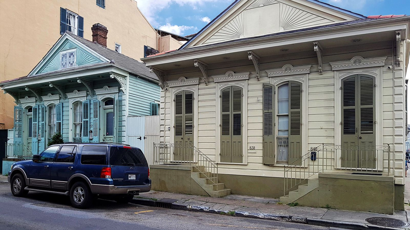 Nola French Quarter Double Shotgun House