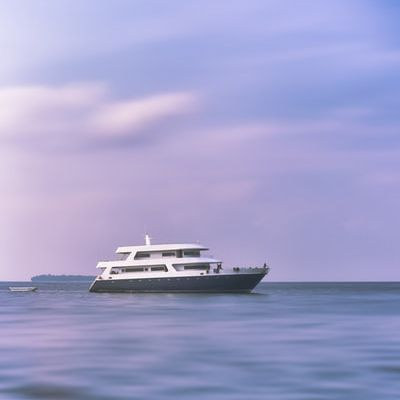 How to Book a Charter Yacht
