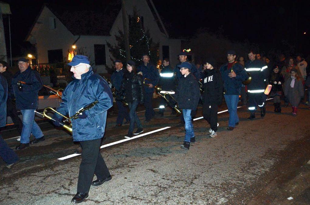 Illumination, retraite aux flambeaux, spectcle et  fête au village d'Arbigny.