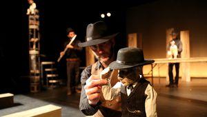 BUFFALO BOY - Marionnettes contemporaines. ( Go, Go, Go, Girl!)