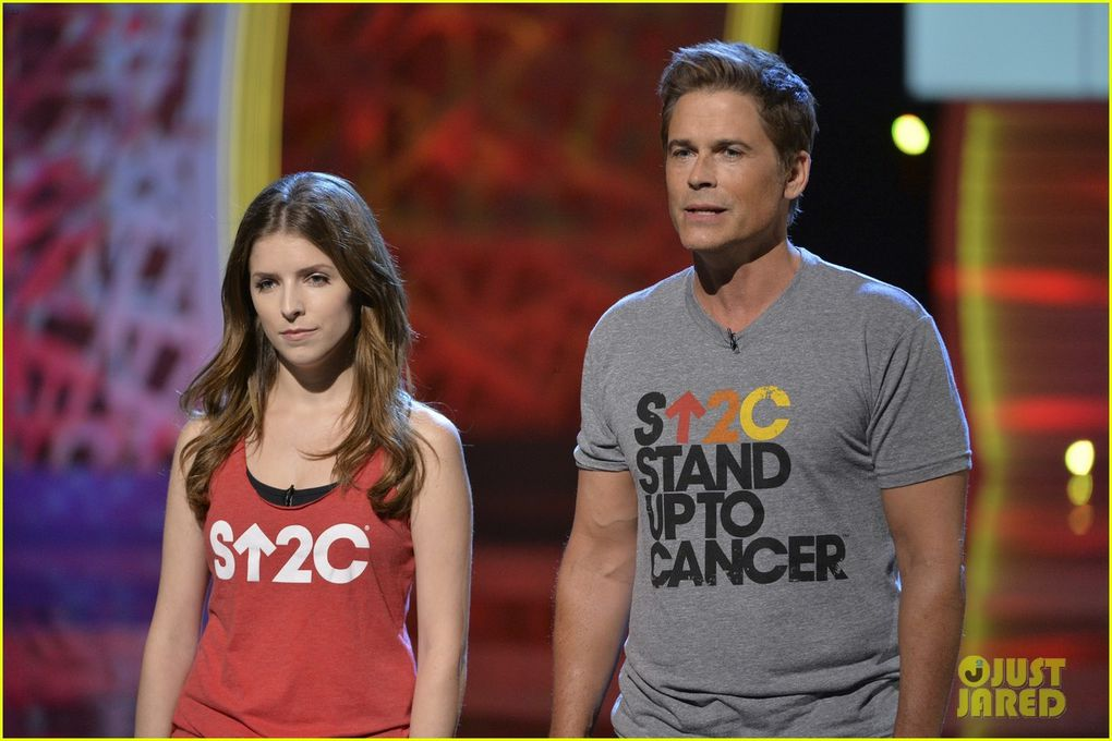 Anna Kendrick au Stand Up To Cancer