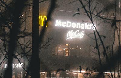 Harcèlement, sexisme et grossophobie chez McDonald's ! (Vidéo) #VenezCommeVousEtes