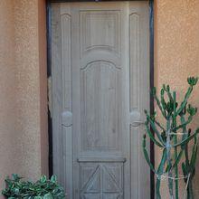 Une porte régence en fabrication