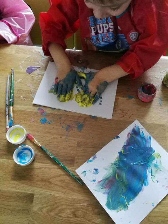 De jolies cartes faites à la peinture au doigt