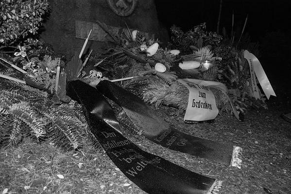 Soldatenfriedhof Essel: Heldengedenken norddeutscher Nazis