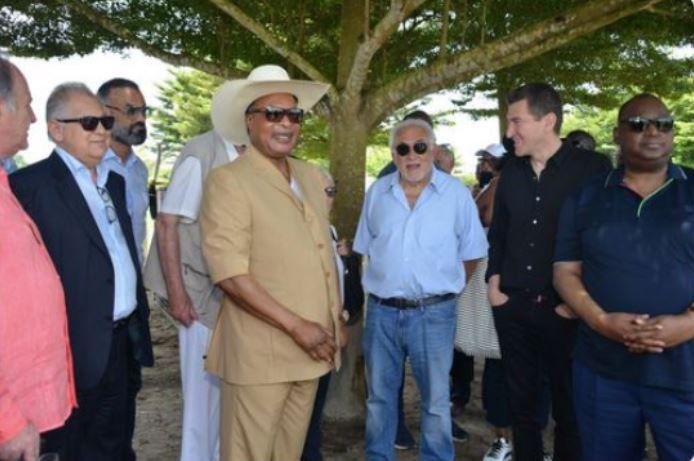 L'interpellation de Lucien Ebata, «Monsieur Pétrole» de Sassou et ami de DSK