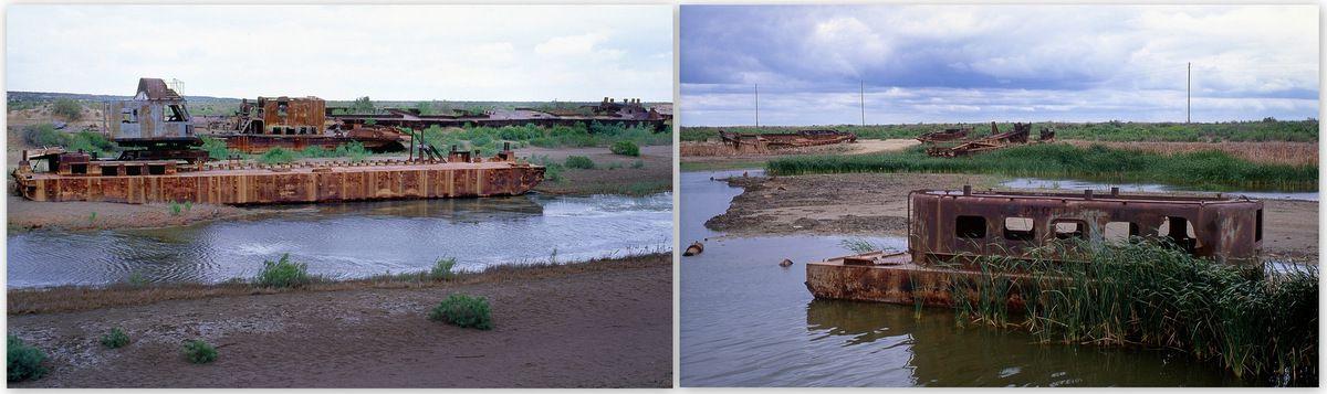 Un enfant de Moynaq me montre les bateaux abandonnés.