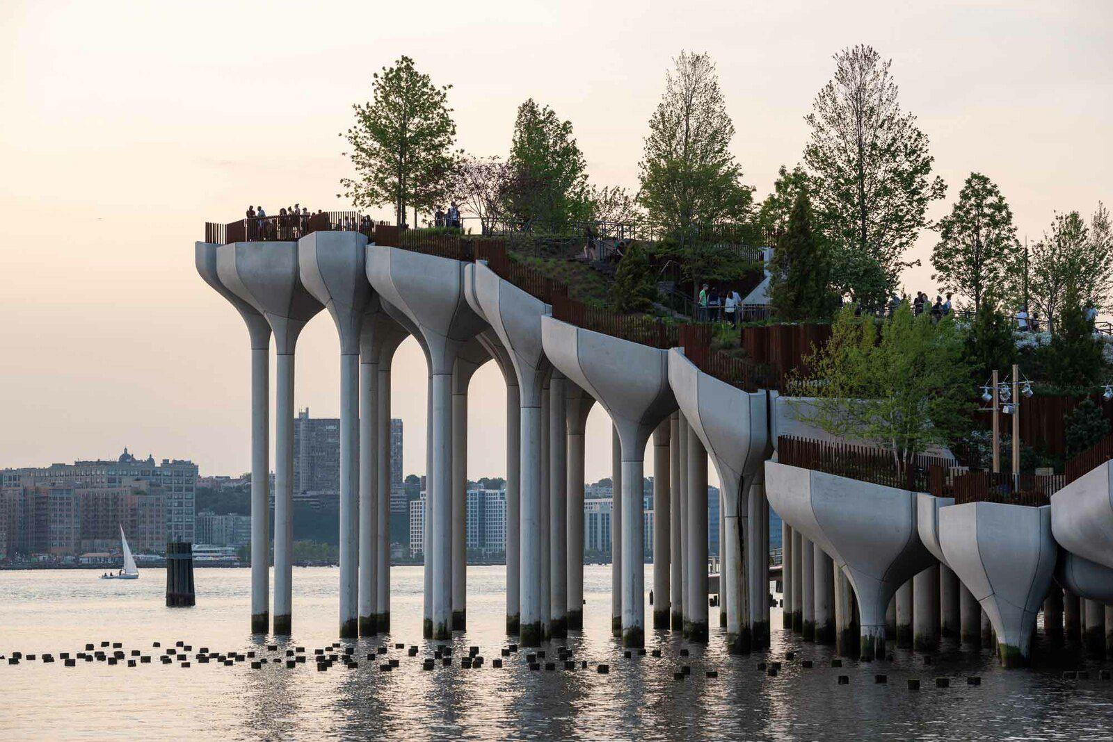 DISCOVER, LITTLE ISLAND IN NEW YORK CITY, DESIGNED BY HEATHERWICK STUDIO