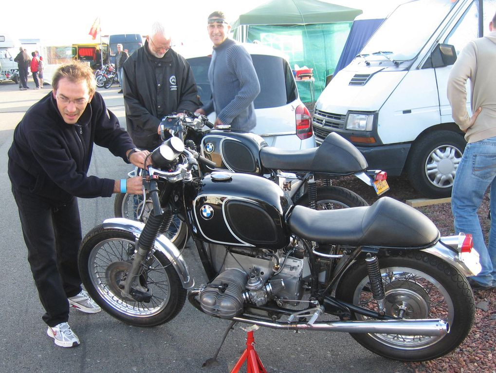 Journée-de-la-Moto-Classique-CAIMAN-2009-Croix-en-Ternois (62). Démonstrations motos et sides anciens