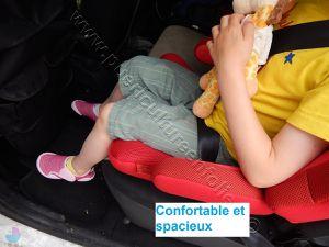 TEST ENFANT 113CM DANS UNE DACIA LOGAN MCV 7 PLACES