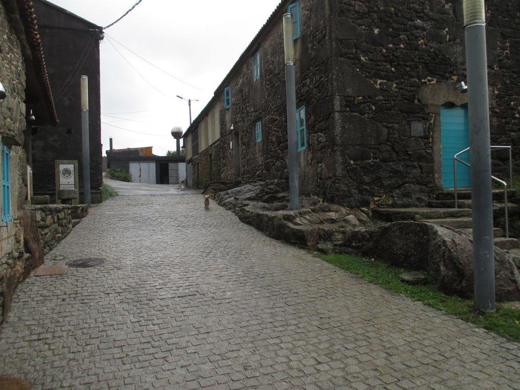 Le temps et paysages du jour Herreos du village Olveiora