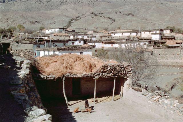 http://www.nomade-aventure.com/theme/voyage/randonnee-trek dans la Kali Gandaki de Jomsom au pied du Thorung La pass et de Muktinath à Béni en passant par Kagbeni, Marpha, Tukuche, les contreforts des Annapurnas et du Dhaulagiri et les sources chau