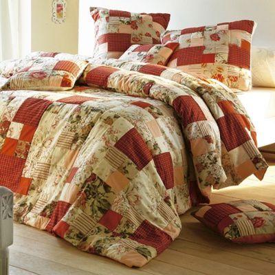 Comment fabriquer un dessus de lit ? (matériaux, astuces)