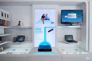 ''Bbox in the Box'' Bouygues Telecom scénarise l'hyper-convergence de sa Box en boutique.