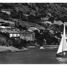 Le lac de Castillon  et le tourisme d'eau
