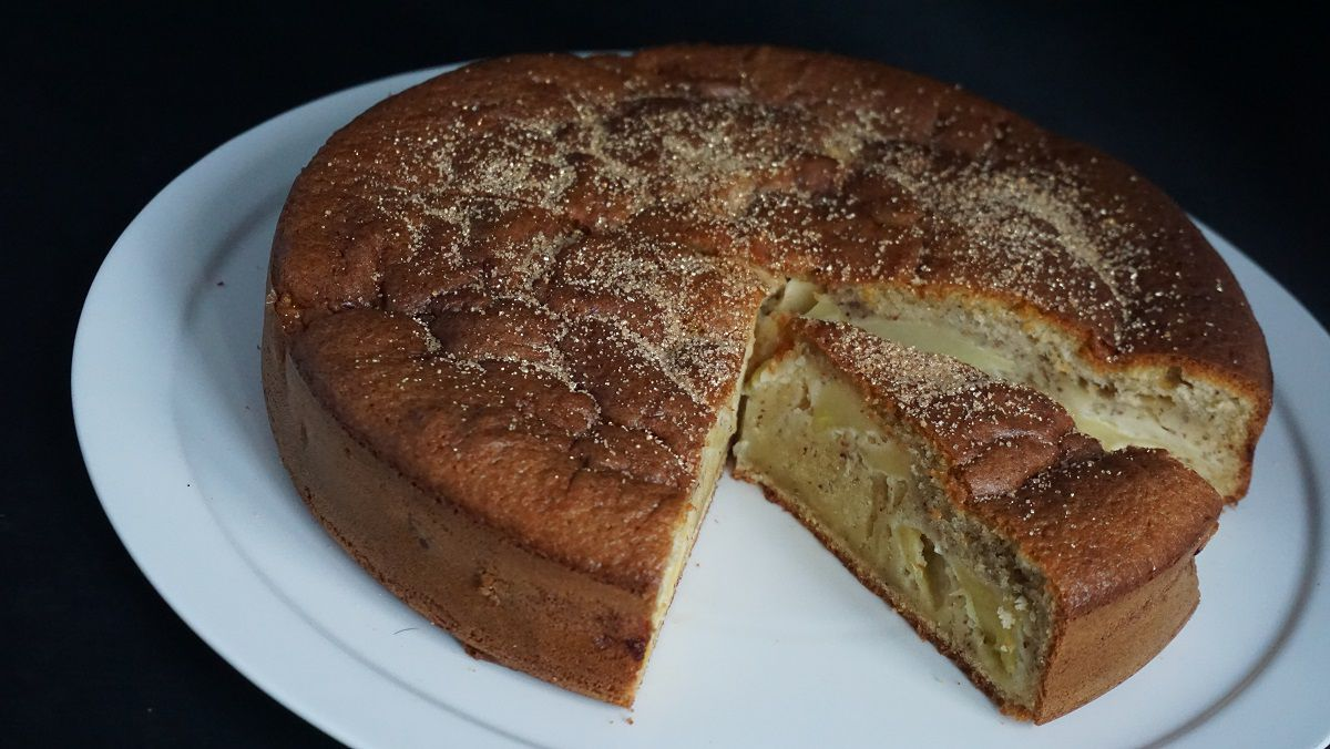 Gâteau breton aux pommes et noisettes