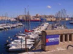Nettoyage du Môle avec le Port