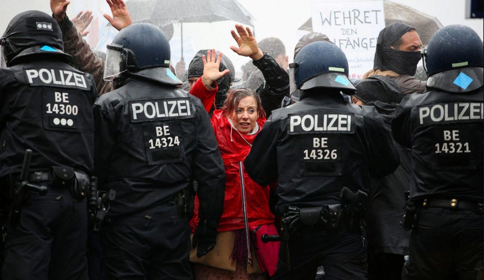 Levantamientos: Las protestas contra el confinamiento se están extendiendo por toda Europa