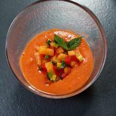 Gaspacho et salade de légumes de Cyril Lignac dans tous en cuisine - Mes Meilleures Recettes Faciles