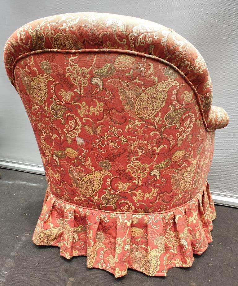 Fauteuil crapaud tapissier tissu cachemire - 90 euros