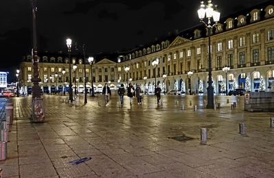 LA PLACE VENDOME A PARIS ILLUMINATIONS 2020 (14/12/2020)