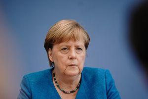 Covid-19 : l'Allemagne suit la piste d'un traitement prometteur autre que les vaccins