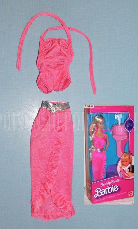 """TWIRLY CURLS"" BARBIE DOLL CLOTHES 1982 MATTEL #5579"