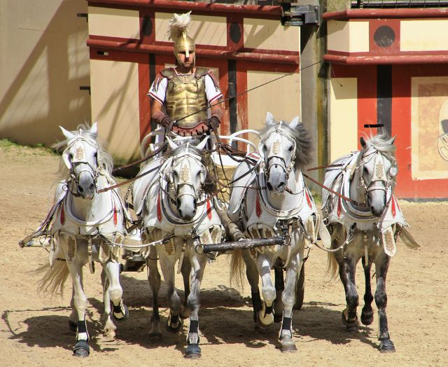 Les chars de gladiateurs - Puy du Fou