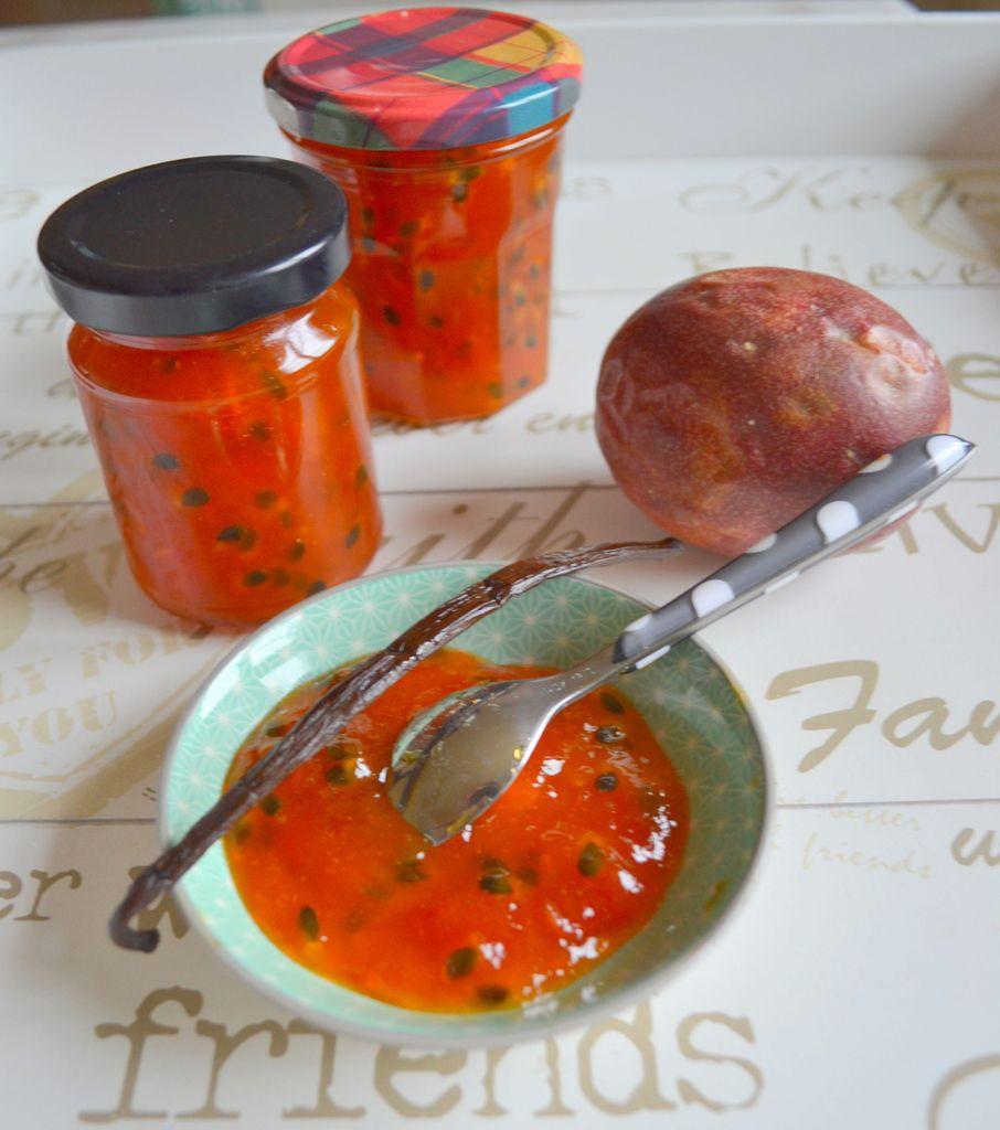 Confiture de papaye et fruits de la passion au sucre vanillé maison
