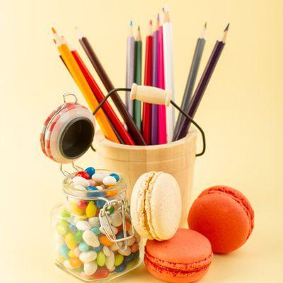 """#Poèsies et textes """"le crayon et les bonbons""""par Rémi dit Pilatom"""
